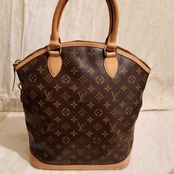 Louis Vuitton Handbags - Authentic Louis Vuitton Lockit Vertical Monogram